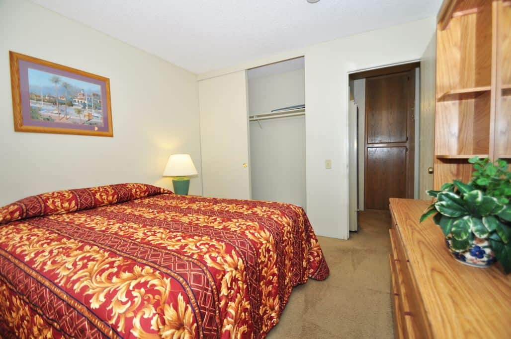 Two bedroom furnished apartments with utilities included for 2 master bedroom apartments