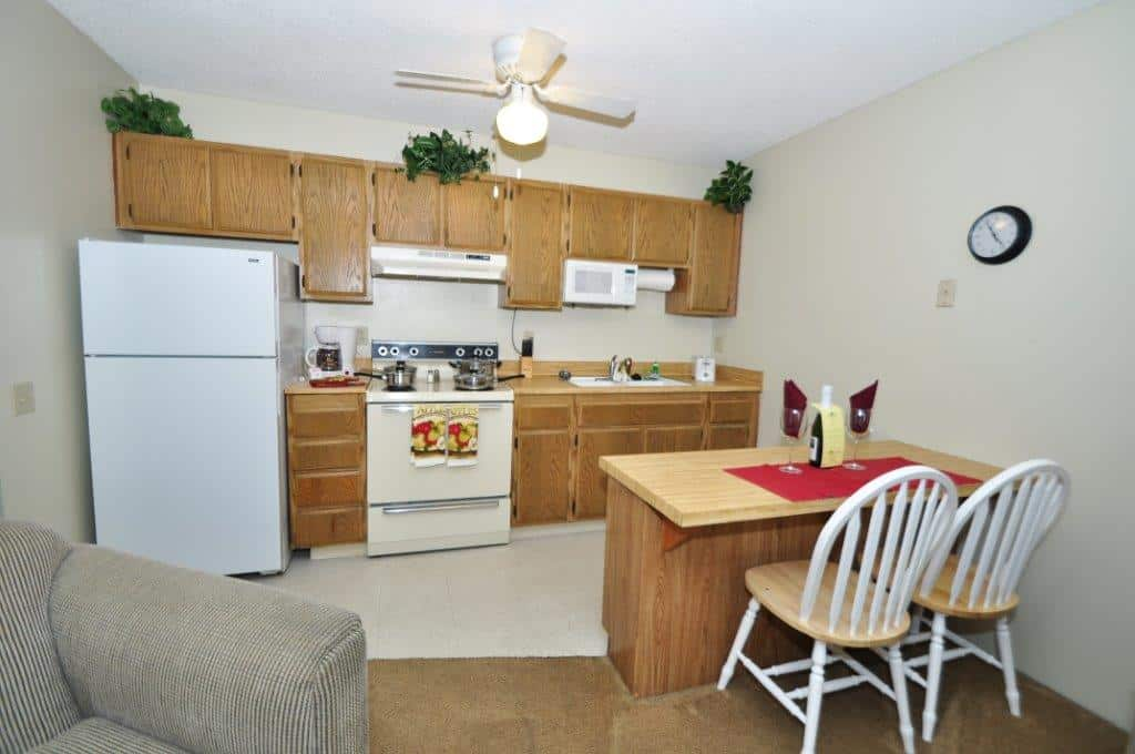 One Bedroom Kitchen - FoxWood Apartment
